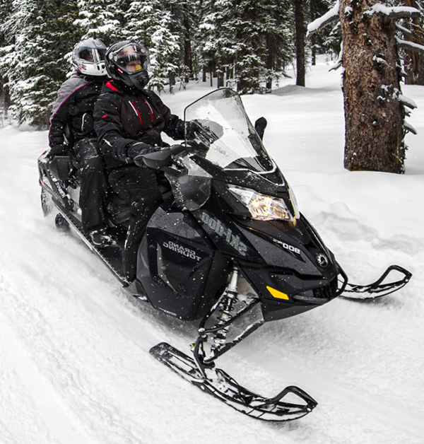 Photo : The Great Snowmobile Ride Package